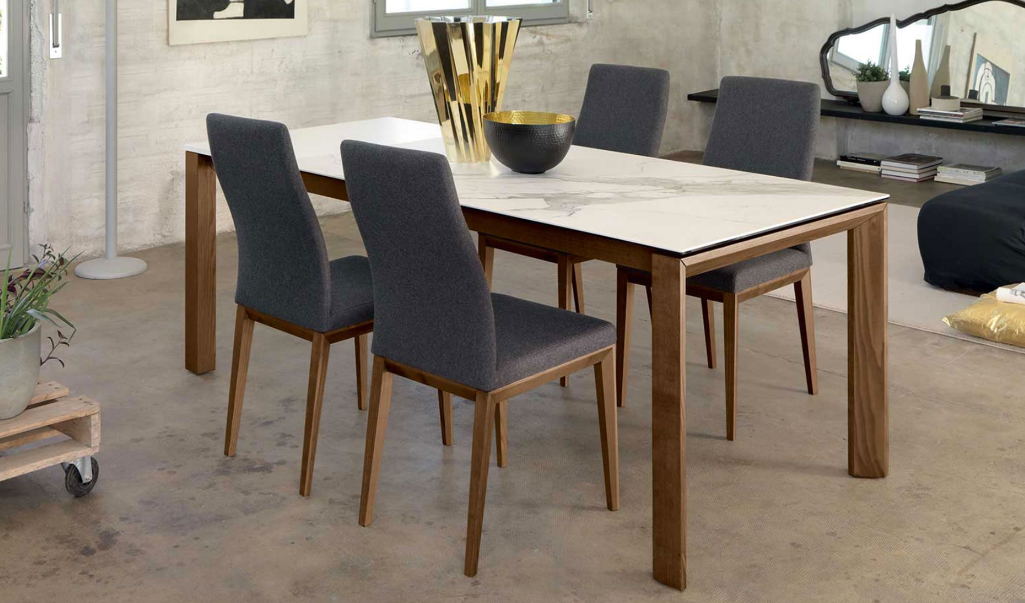 Complementi d 39 arredo friulsedie arredo spazio casa for Complementi d arredo design